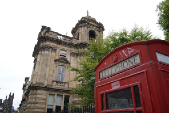 Edinburgh Scotland travel tips